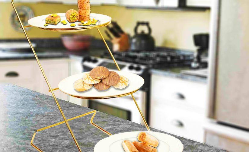 شیرینی خوری سه طبقه همراه با بشقاب سرامیکی