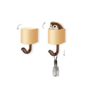 Miniso-Squirrel-Hook-Wall-Hanging