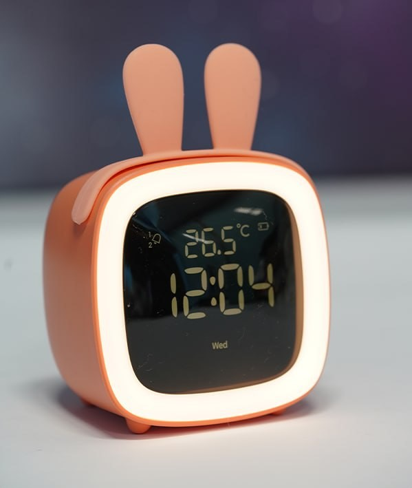 چراغ خواب رومیزی به همراه ساعت cute pet TV