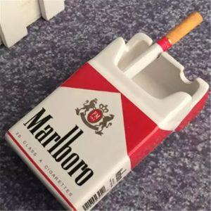 زیر سیگاری سرامیکی طرح پاکت سیگار